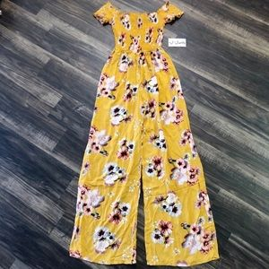 BNWT J for Justify Floral Jumpsuit